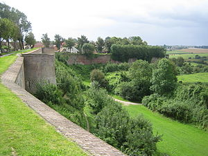 Louis II of Vaud - Walls of Montreuil, once garrisoned by Louis, as they are today.