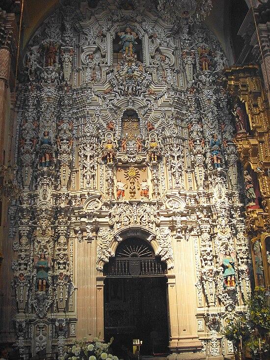 Aquí vivo yo: SAN LUIS POTOSÍ - Página 2 550px-Retablo_del_templo_del_Carmen_en_San_Luis_Mexico.