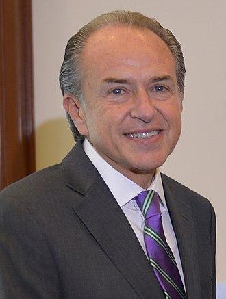 Juan Manuel Carreras - Image: Reunión el Gobernador Electo de San Luis Potosí, Juan Manuel Carreras López