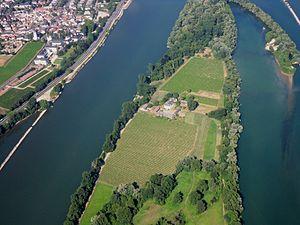 RheinMariannenaueErbachWDetail.JPG