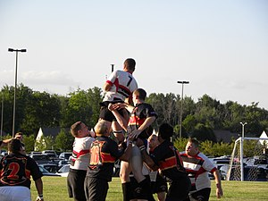 Flint Rogues Rugby Club - Image: Rogues v Detroit lineout