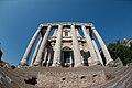 Roma-tempiodiantonioefaustina01.jpg
