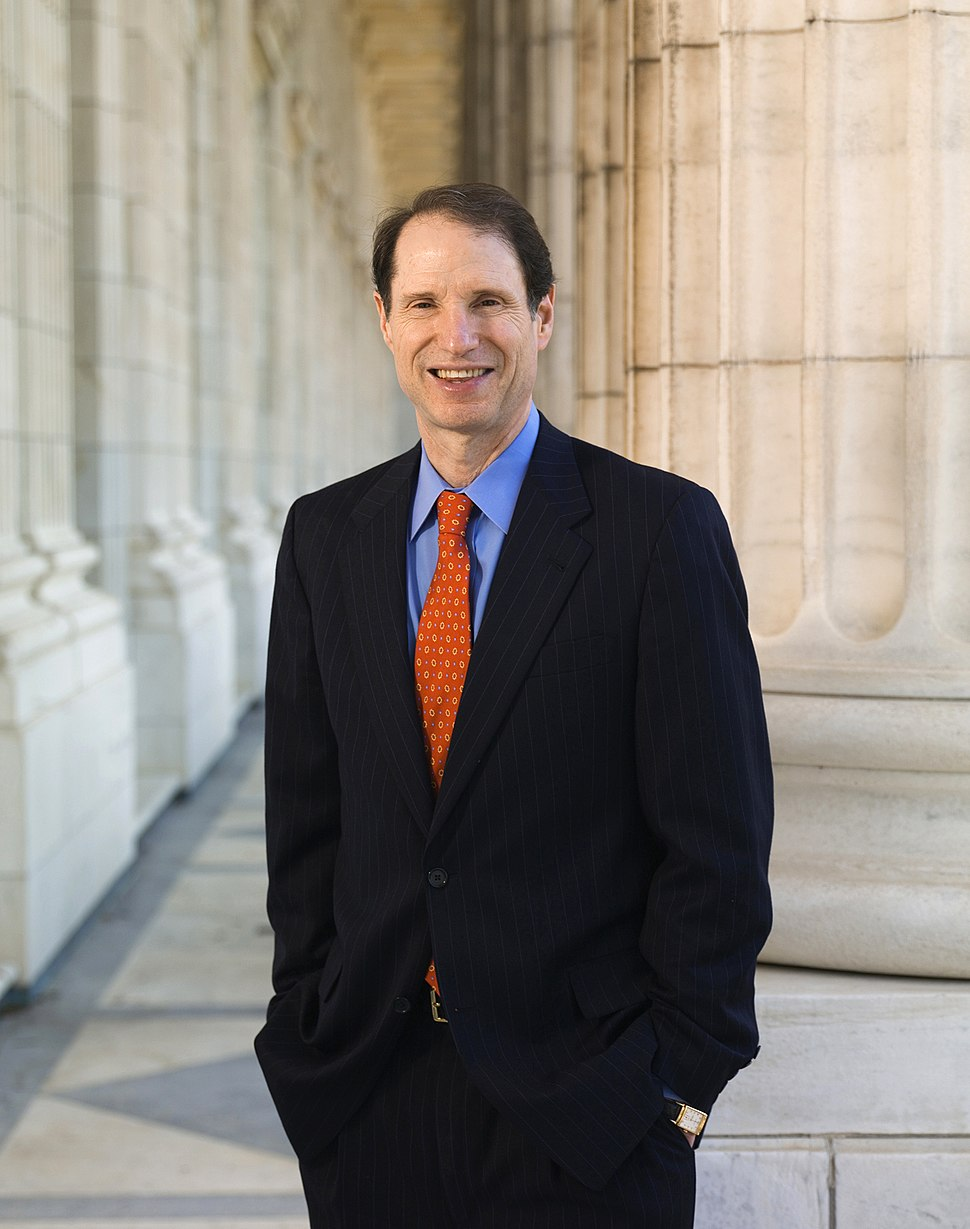 Ron Wyden official photo