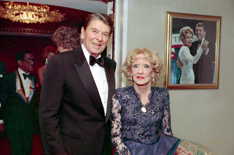 Ronald Reagan with Bette Davis 1987