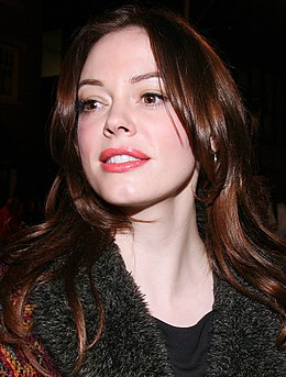 Rose McGowan TIFF 2008 (Straighten Crop).jpg