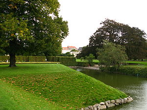 Parks and open spaces in Copenhagen - The Hercules Pavilion seen from the distance