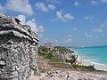 Ruinas de Tulum y su cala, Mexico - panoramio.jpg