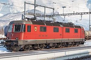 SBB-CFF-FFS Re 620 - Image: SBB Re 6 6 Nr. 10601 Wolhusen 20130217