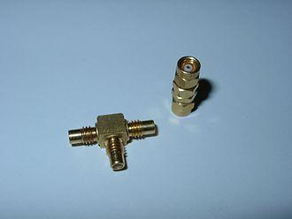 SMC connector - Image: SMC Steckverbinder
