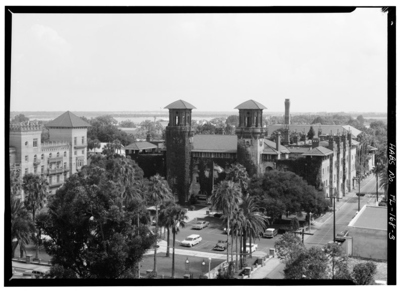 File:SOUTH FRONT, VIEW FROM THE TOWER OF THE PONCE DE LEON HOTEL - Alcazar Hotel, 75 King Street, Saint Augustine, St. Johns County, FL HABS FLA,55-SAUG,43-3.tif