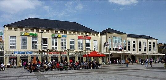 Saarlouis Kleiner Markt Galerie 2.jpg