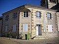 Saint-Jean-de-Braye - mairie-école.jpg