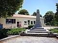 Saint-Paulet (Aude, Fr) école et monument aux morts.JPG