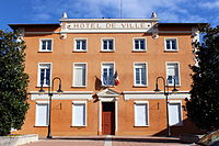 Saint-Quentin-Fallavier - Hotel de ville 2.JPG