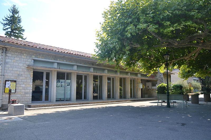 File:Saint-Roman-de-Malegarde - mairie.JPG