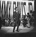 Sammy Davis Jr tijdens optreden in theater Carre, Bestanddeelnr 916-2044.jpg