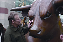 Sculptor Laurence Broderick with his bronze Birmingham Bullring Bull sculpture.jpg
