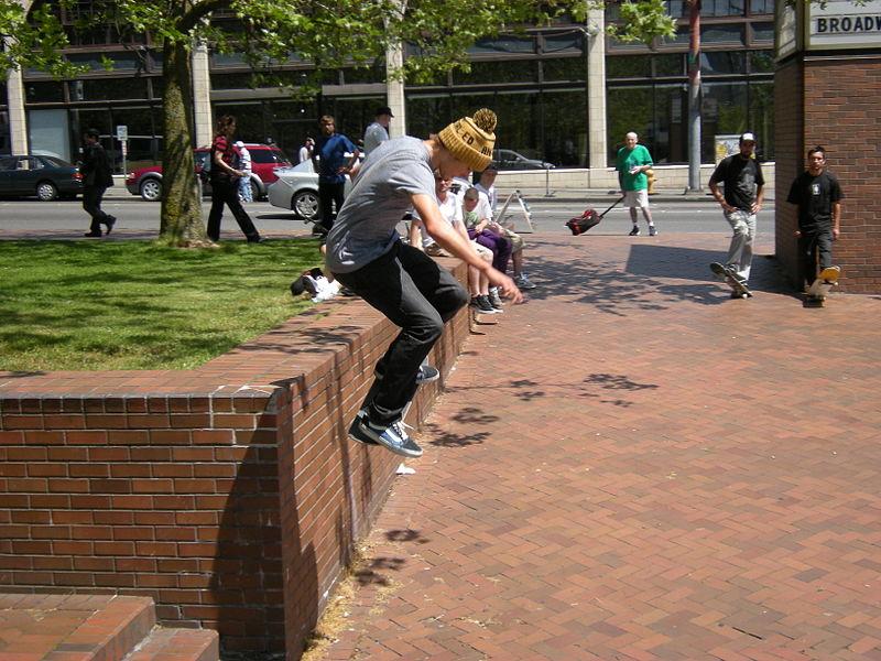 File:Seattle - skateboarding - May 2008 - 03.jpg