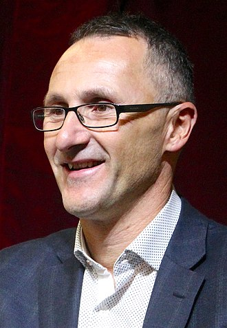 Australian Greens Victoria - Image: Senator Richard Di Natale accepts Fossil of the Day Award 01