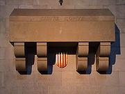 Sepulcre del Comte Guifré al monestir de Ripoll, restaurat per l'arquitecte Francesc Escudero i Ribot