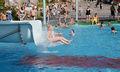 Serenan ulkoaltaan vesiliuku 1.jpg
