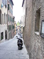 Siena streets 8.jpg