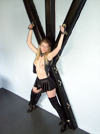 filme aus swingerclubs bdsm and latex