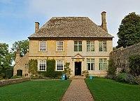Snowshill Manor exterior.jpg