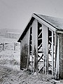 Snowy barn - geograph.org.uk - 494088.jpg
