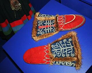 Mitten a type of handwear