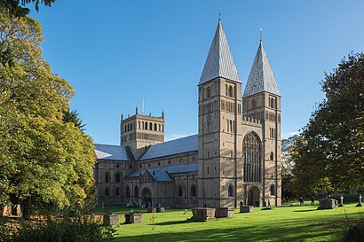 How to get to Southwell Minster with public transport- About the place