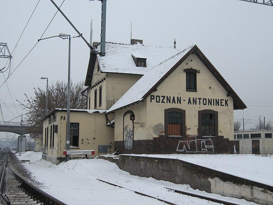 Poznań Antoninek railway station