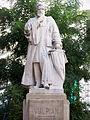 Statue Vulpian rue Antoine-Dubois.JPG