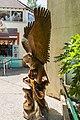 Statue d'aigle - 20150731 12h00 (10527).jpg