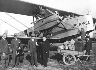 Deutsche Luft Hansa - A Deutsche Luft Hansa Albatros L 73, named Brandenburg, at Stettin Airport (1927). In the foreground is Yngve Larsson, the then mayor of Stockholm.