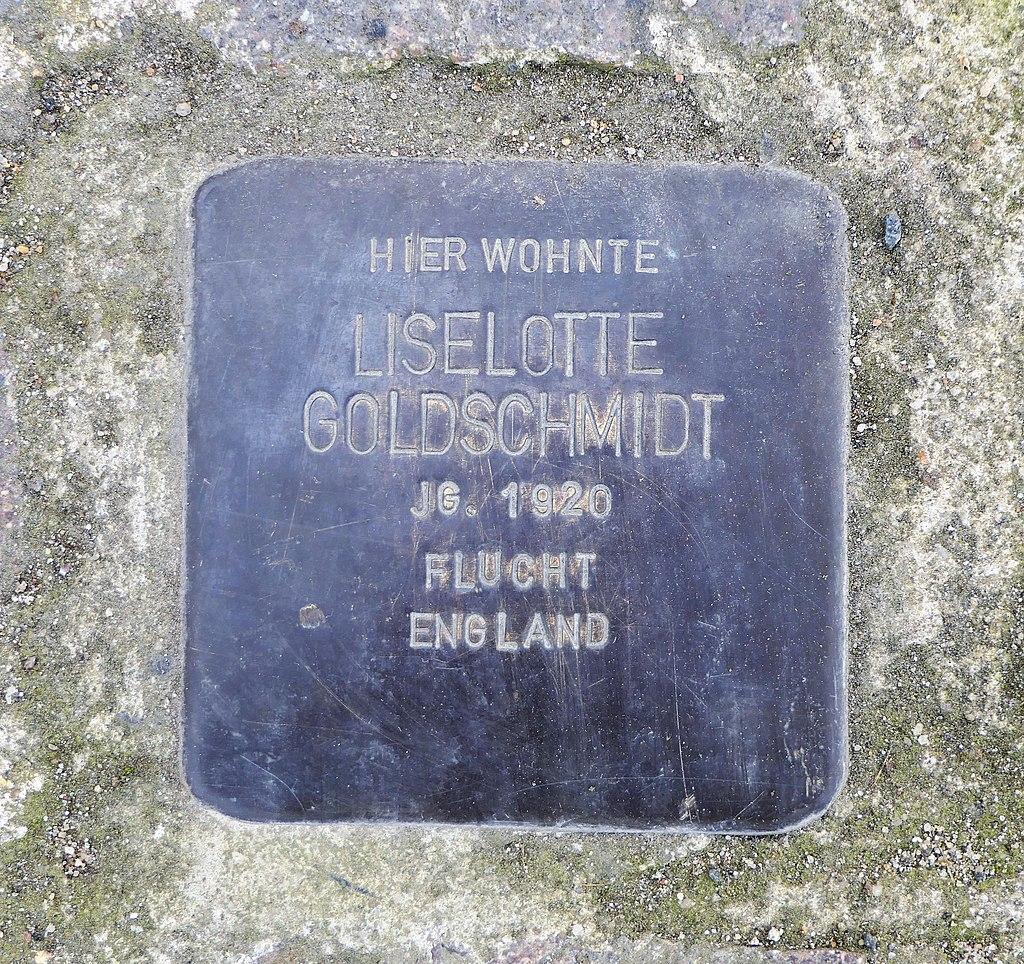 Stolperstein für Liselotte Goldschmidt, Dr.-Rudolf-Friedrich-Strasse 10, Wurzen.JPG