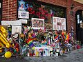 Stonewall Inn 15 pride weekend 2016.jpg