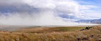 Summer Lake (Oregon) - Image: Summer Lake dust storm pano