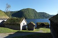Sunnfjord Museum i solskin.JPG