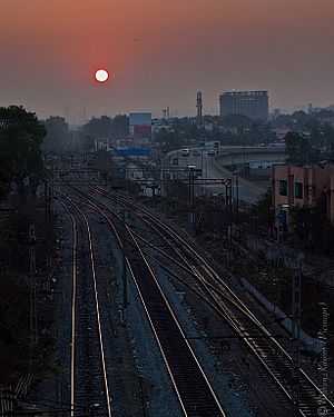 Sunrise on the Krishnarajapuram Railway station.jpg