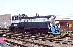 EMD SW1001 - LIRR Number 107 in operation.