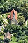 Szent Miklós-templom (Vaskeresztes) - légi fotó.jpg