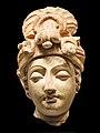 Tête de Bodhisattva (Musée nat. dart oriental, Rome) (5874601604).jpg