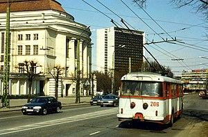 Tallinn,Estonia. TTTK Škoda 9Tr Trolleybus nr. 206. May 1996.jpg