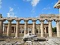 Temple of Poseidon (Paestum) 03.jpg