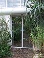 Teplice, skleník Tropicana, dveře mezi xerickým a tropickým skleníkem.jpg