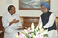 The Chief Minister of Andhra Pradesh, Dr. Y.S. Rajasekhara Reddy calls on the Prime Minister, Dr. .Manmohan Singh, in New Delhi on November 03, 2006.jpg
