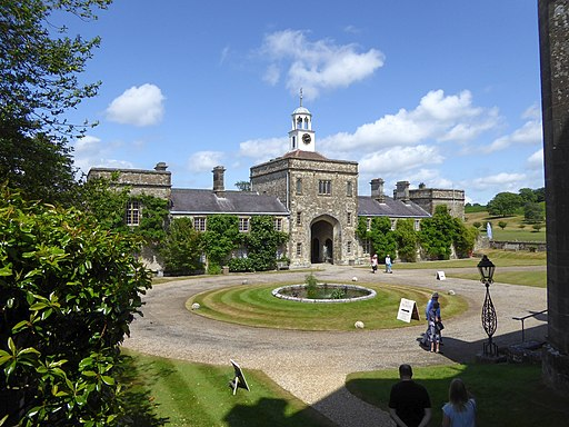 The courtyard of Parham House (geograph 4633701)