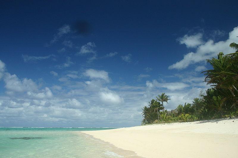 File:Titikaveka, Rarotonga, Cook Islands.jpg