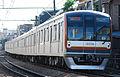 Tokyo metro 10000 kei touyoko line.JPG